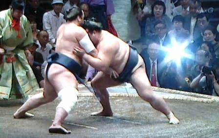 20150914 稀勢の里対栃煌山4