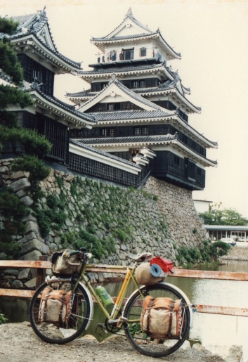 32年前の中津城