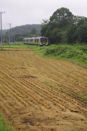 久留里線 平山駅 キハE130
