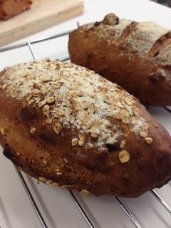 グラノーラの食事パン