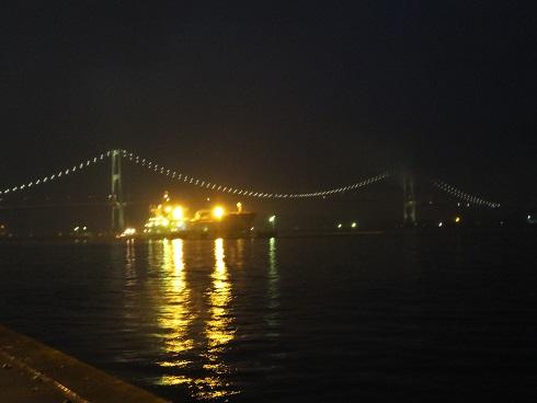 夜の工場内4