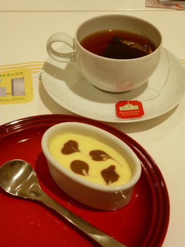 濃厚チーズケーキ・紅茶