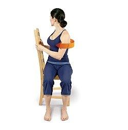 椅子を使ったツイスト