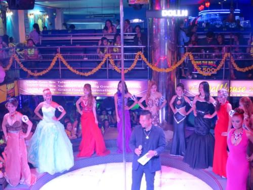 miss dh 2015 coronation (1)
