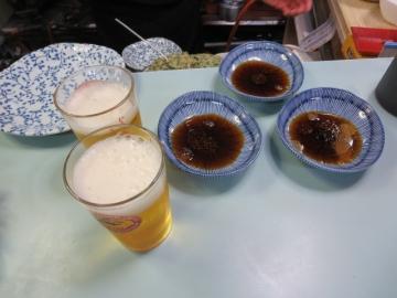 先ずビールと餃子のタレ