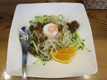 生ジャージャー麺 750円