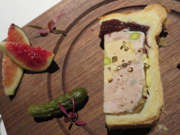博多地鶏とフォアグラのパテ・アンクルート