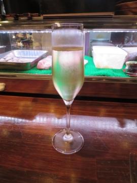 本日のグラスワイン泡 850円