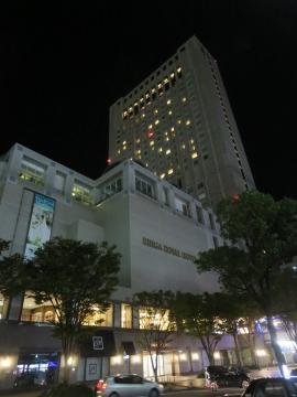 リーがロイヤルホテル小倉