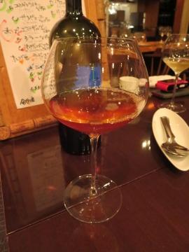 グラス オレンジ色の白