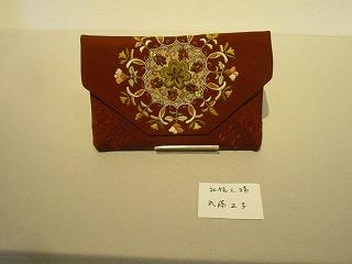H27年絹を繍会展 008