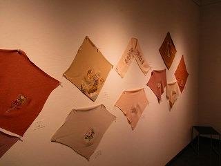 H27年絹を繍会展 014