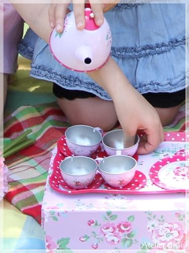 picnic-c.jpg
