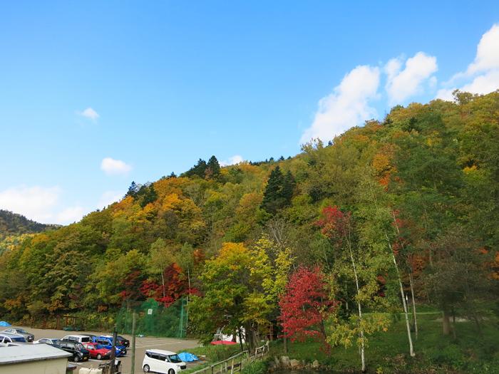 豊平峡温泉 駐車場 紅葉