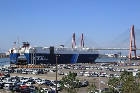 自動車運搬船。_10