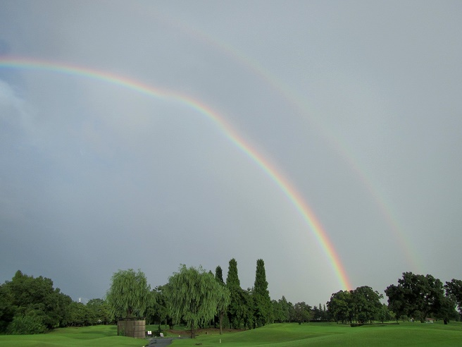 15.9.9 虹と夕焼け (68)