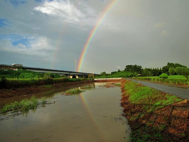 15.9.9 虹と夕焼け (70)