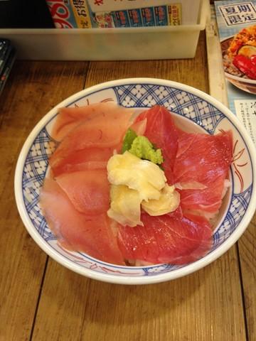 マグロ2色丼 (コピー)
