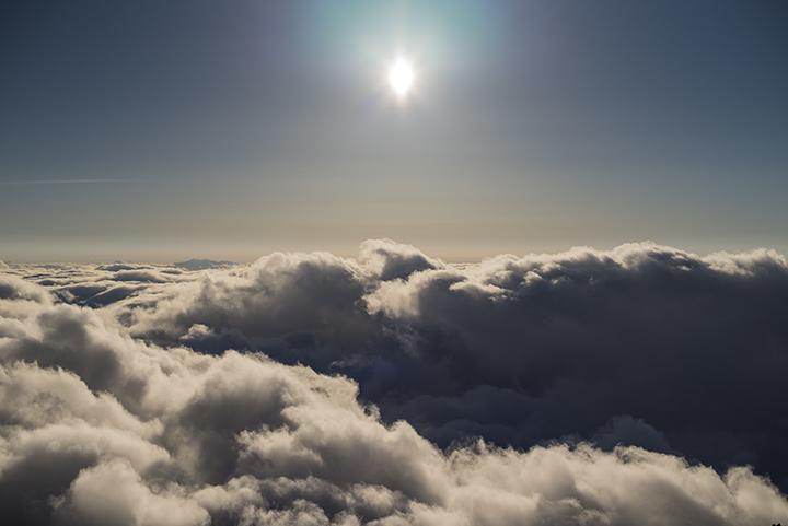 150911 太陽と雲海
