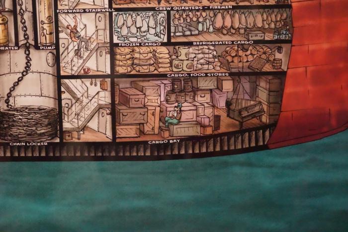 ディズニーシー 2015 SSコロンビア号 断面図 グーフィー