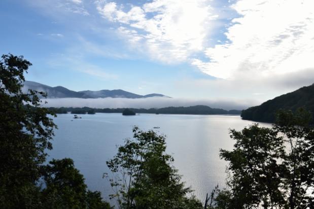 2⑤朝の桧原湖