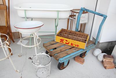 台車 ディスプレイ 古い アイアン 古材 ガーデニング