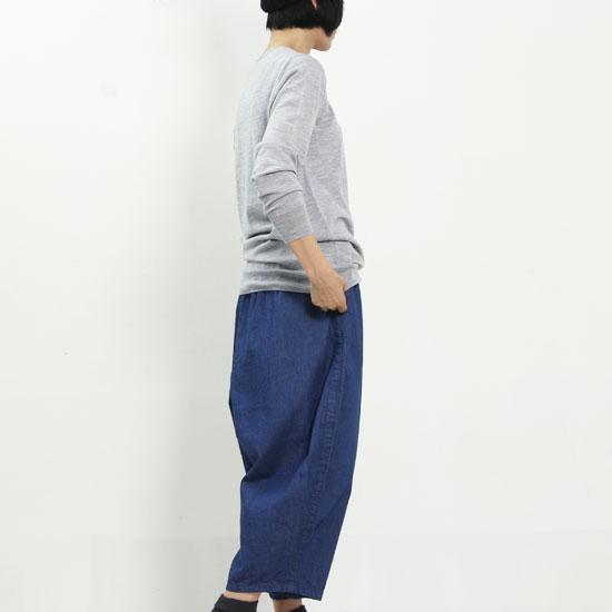 mao made (マオメイド) メリノウールVネックニットプルオーバー