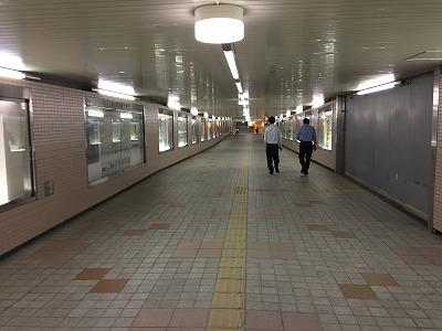 富山駅北側地下道