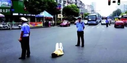 中国 駄々っ子