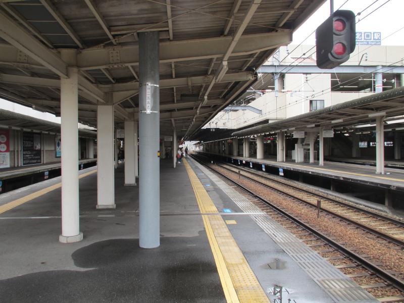 西宮北口駅4