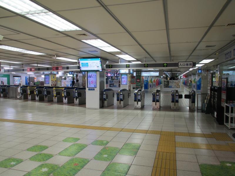 阪神梅田駅2