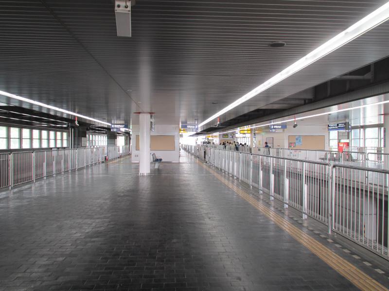 万博記念公園駅3