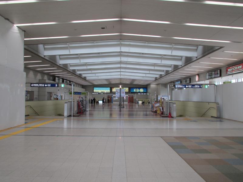 万博記念公園駅2