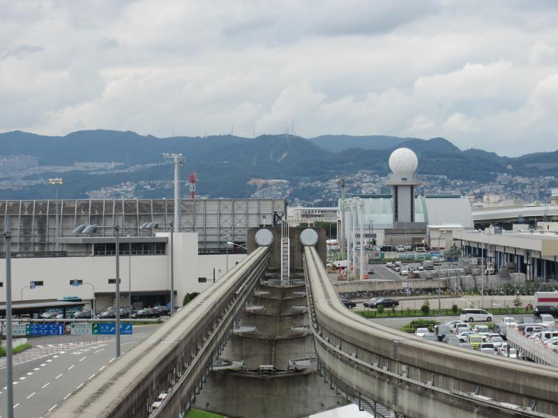 大阪空港駅3