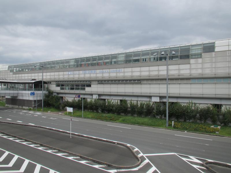 大阪空港駅1