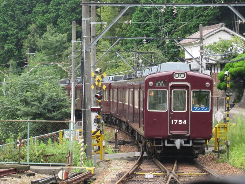 妙見口駅3