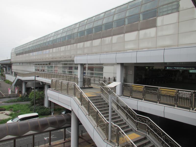 門真市駅1