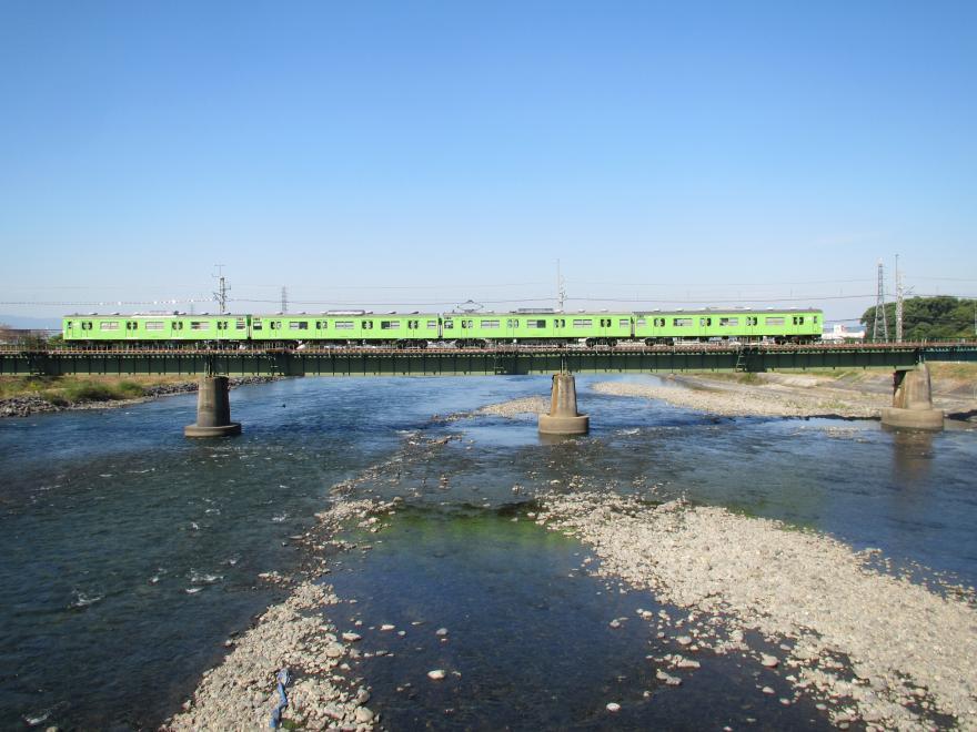 宇治川と奈良線1