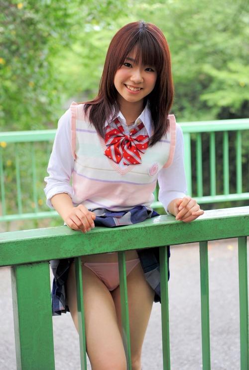 スカートめくり コスプレ 制服 06