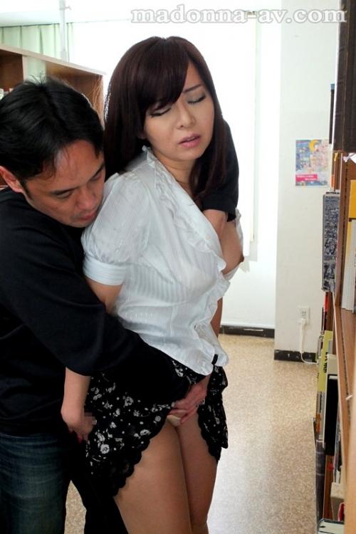 KAORI Eカップ AV女優 美尻 人妻 14