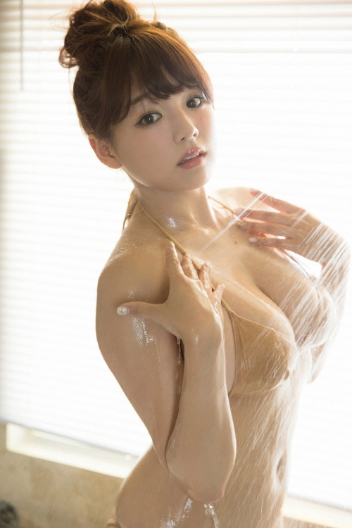 篠崎愛 Gカップ グラビア 37