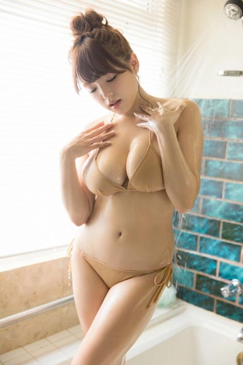 篠崎愛 Gカップ グラビア 38