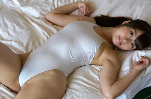 初美沙希 Eカップ AV女優 濡れ透け競泳水着 09