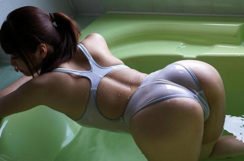 初美沙希 Eカップ AV女優 濡れ透け競泳水着 36
