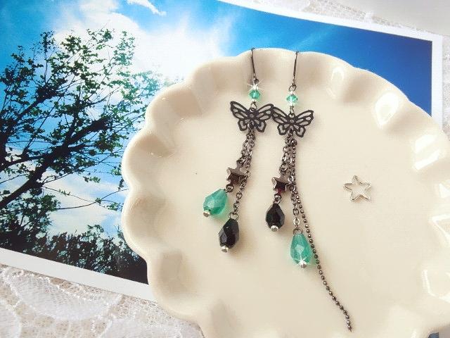 黒蝶と雫の流れ星フックピアス新色1