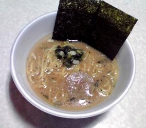 麺ニッポン 横浜家系ラーメン(できあがり)
