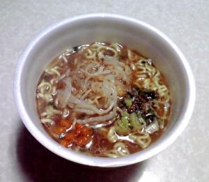 千里眼 豚骨醤油(カップ版)(できあがり)