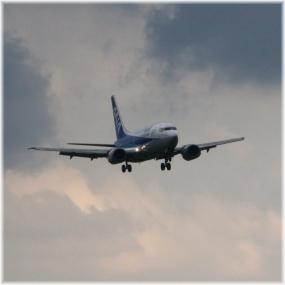 150912E 170着陸間近ANA-SQ
