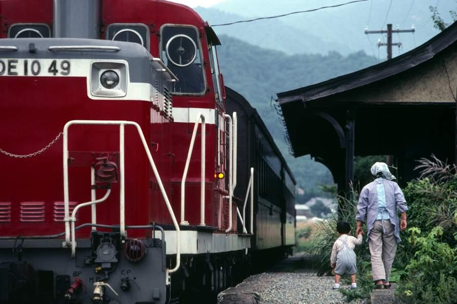 日中線 熱塩 老婆と孫1 1981年9月日 16bitAdobeRGB原版 take1b