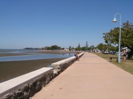 海岸の遊歩道2